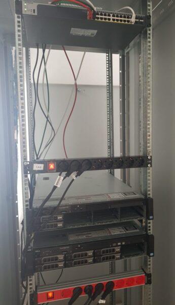 ¡Comenzamos a instalar nuestros servidores propios!